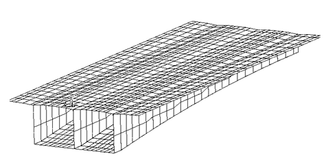 在箱梁中,正弯矩的弯曲裂缝将贯通底板宽度,严重时会延伸至腹板中.